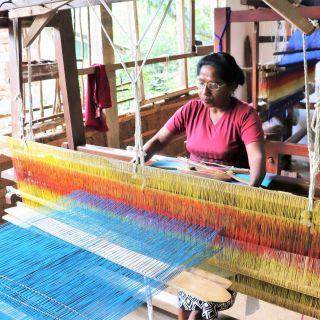 Weavers-Craft-Textiles-Kandy-Sri-Lanka
